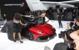 Karštos naujienos tiesiai iš automobilių parodos Ženevoje (I dalis)