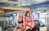 Rusaitės merginos ir japoniški automobiliai