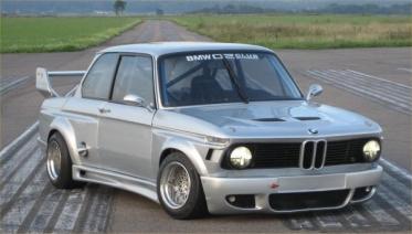 Senas BMW su dvejomis turbinomis