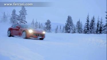 4WD Ferrari FF testas sniege