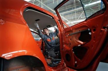 Kiniečiai kuria darbo vietas Europoje
