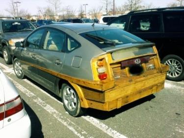 Ekologiškas Toyota Prius tiuningas