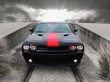 Dar naujesnis, dar geresnis - Dodge Challenger